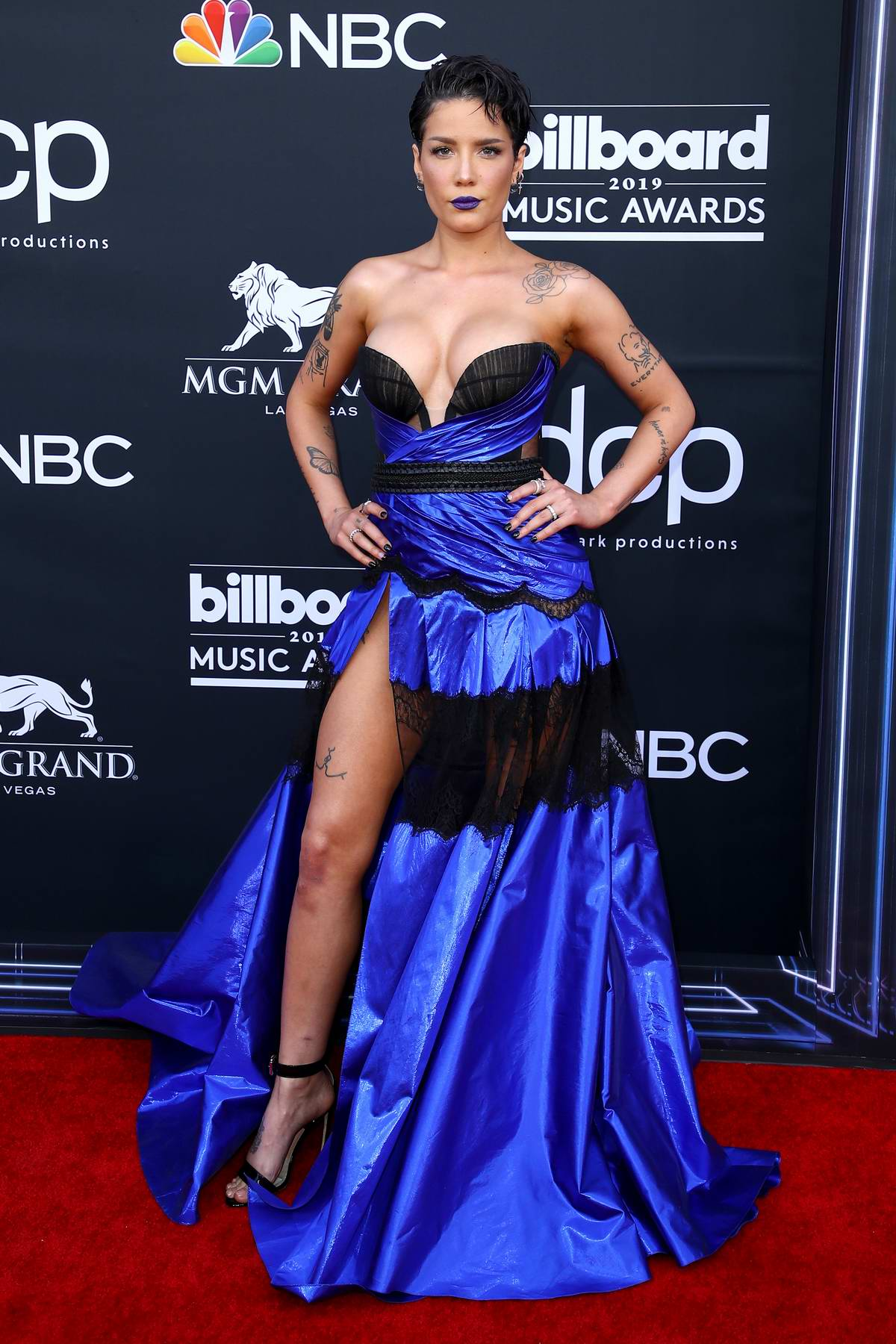 Halsey attends the 2019 Billboard Music Awards at MGM Grand Garden Arena in Las Vegas, Nevada