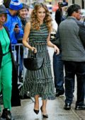 Jessica Alba looks amazing in a green dress while visiting Good Morning America in New York City