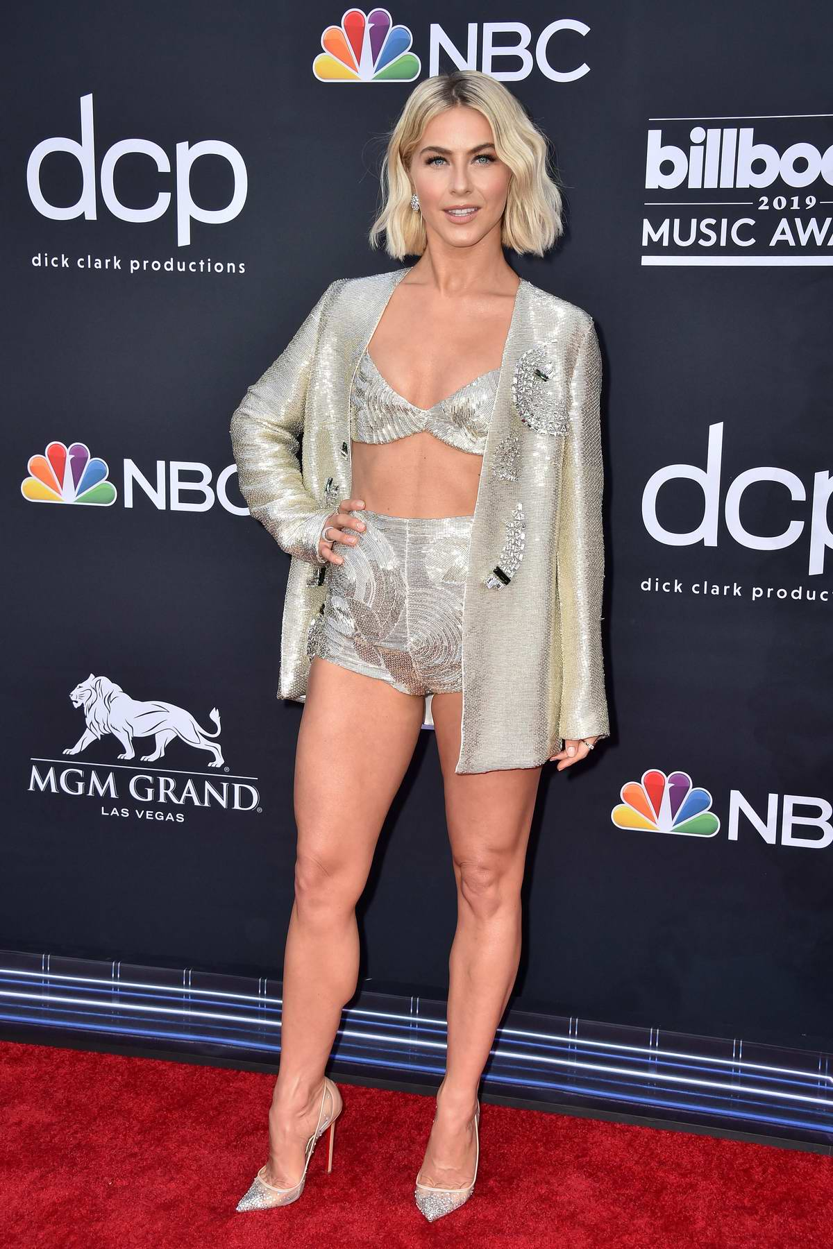 Julianne Hough attends the 2019 Billboard Music Awards at MGM Grand Garden Arena in Las Vegas, Nevada