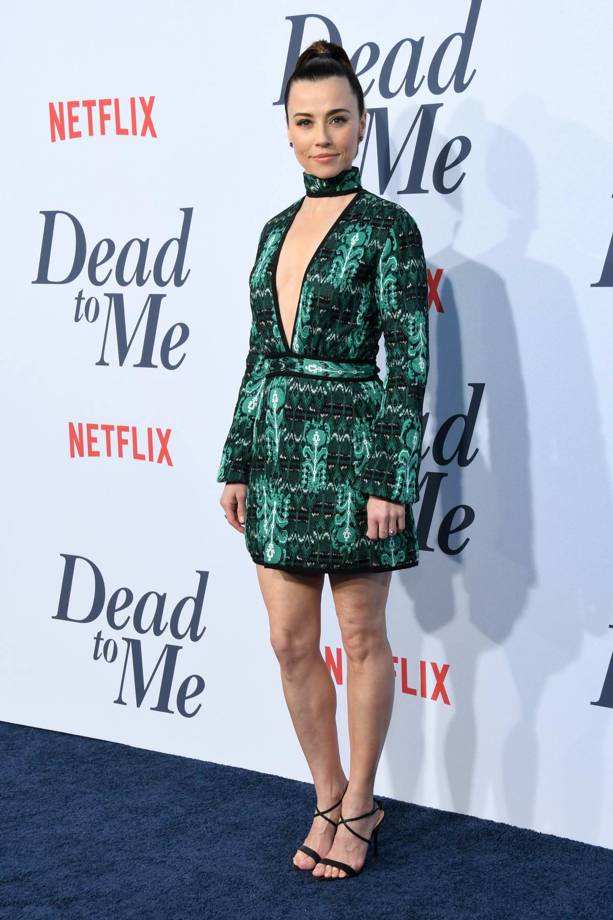 Linda Cardellini attends 'Dead To Me' TV Show Premiere in Los Angeles