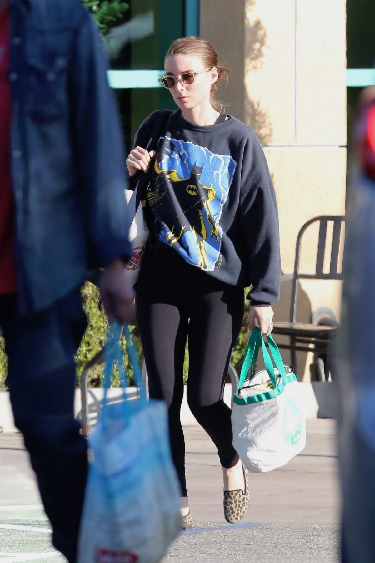 Rooney Mara stops by Gelson's to get in some grocery shopping in Studio City, Los Angeles