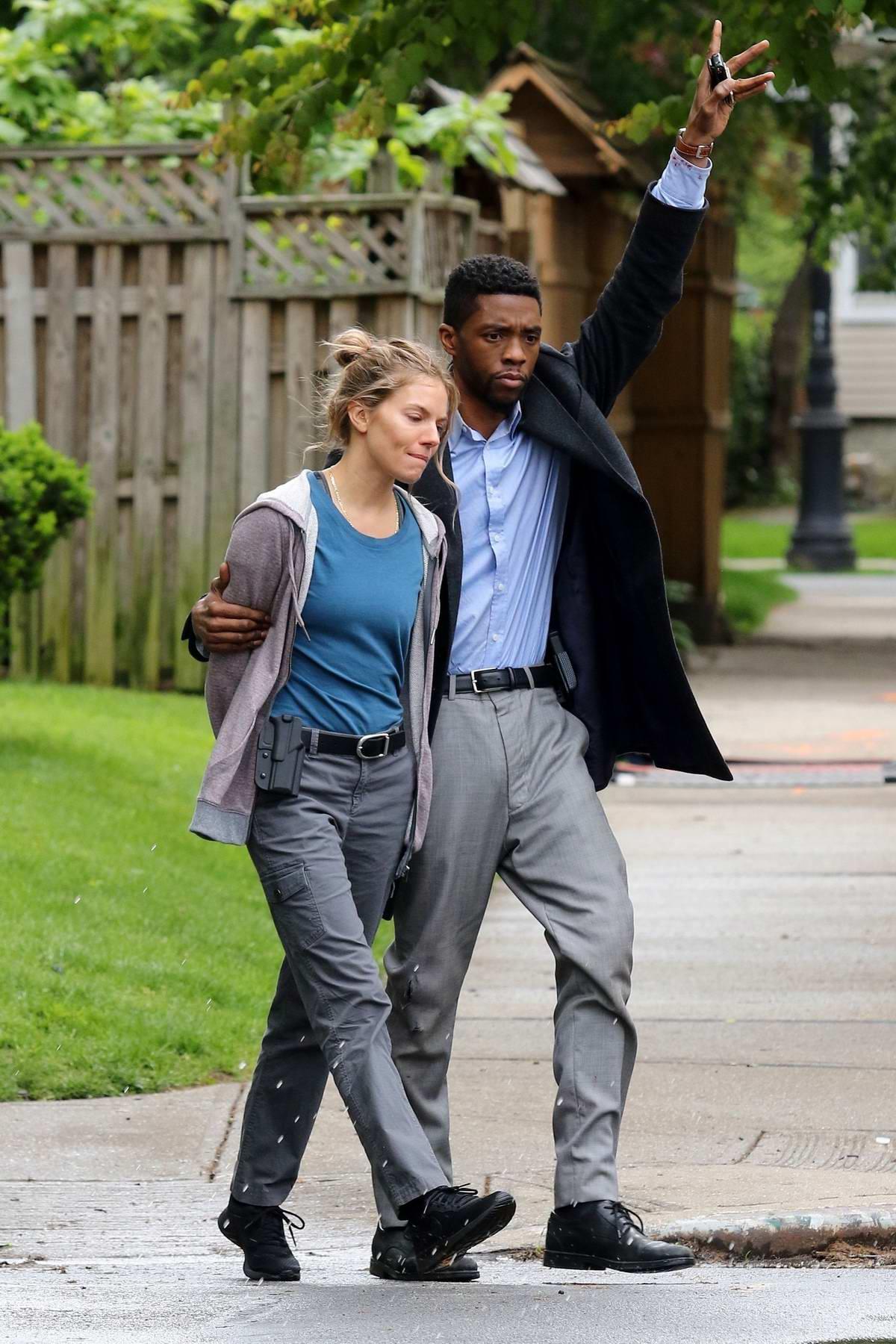 21 Bridges 3 Gavels 45 Rotten Tomatoes The Movie Judge