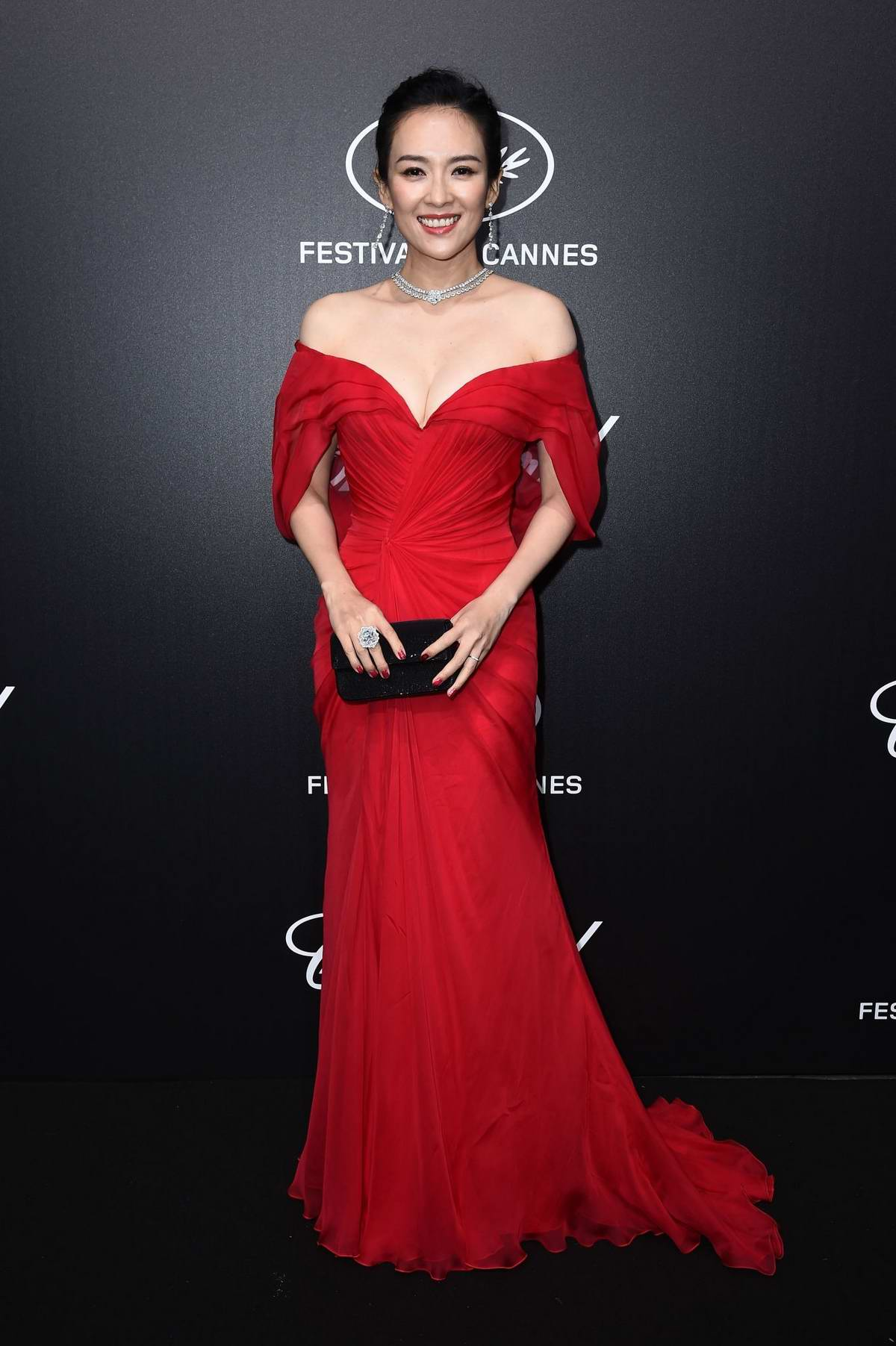 Zhang Ziyi attends the official Trophee Chopard Dinner Photocall during the 72nd annual Cannes Film Festival in Cannes, France