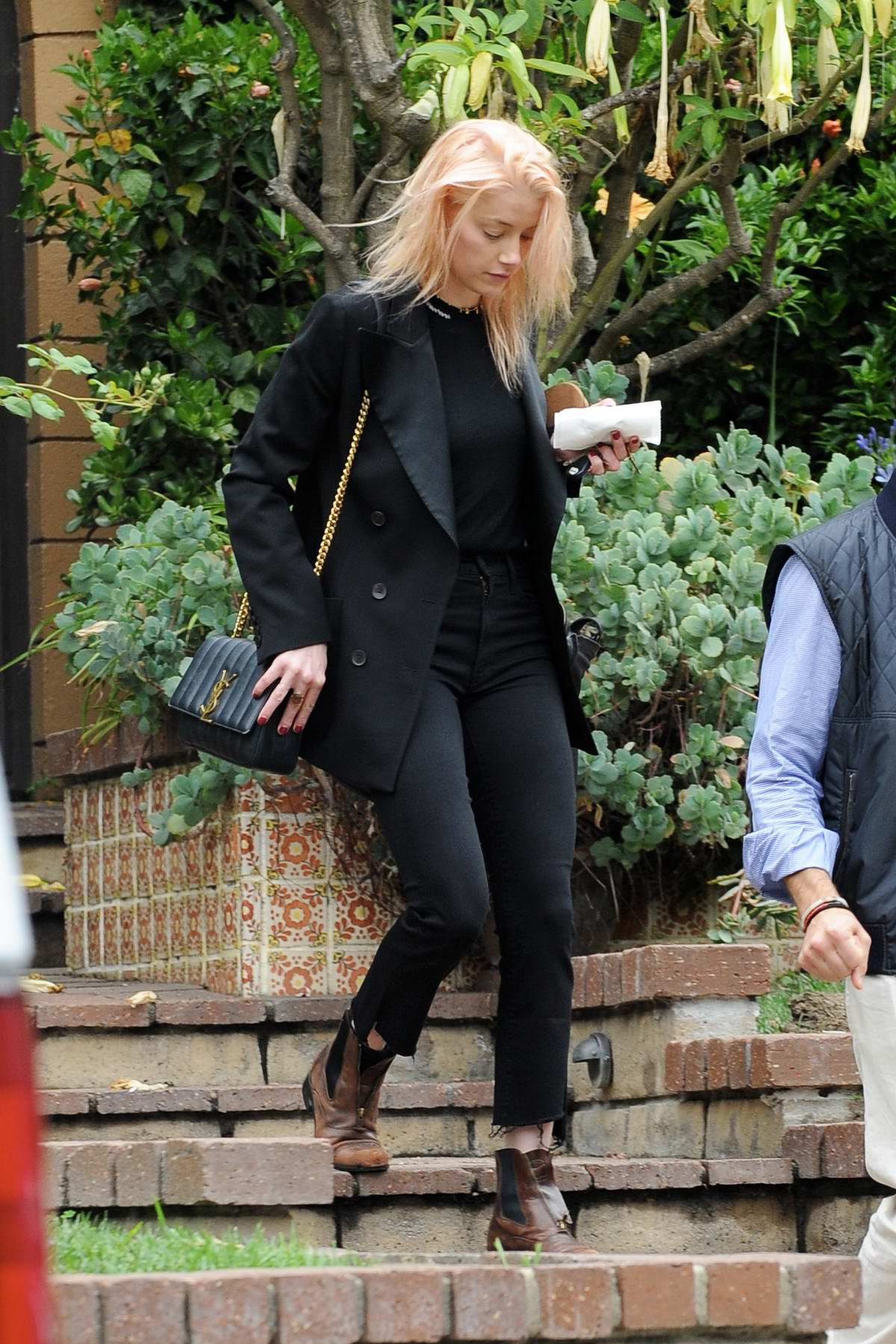 Amber Heard looking casual as she heads out for a business meeting in Los Angeles