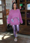 Kim Kardashian dines at Plata Taqueria & Cantina in Agoura Hills, California