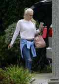 Lindsey Vonn keeps it casual as she heads out in Los Angeles