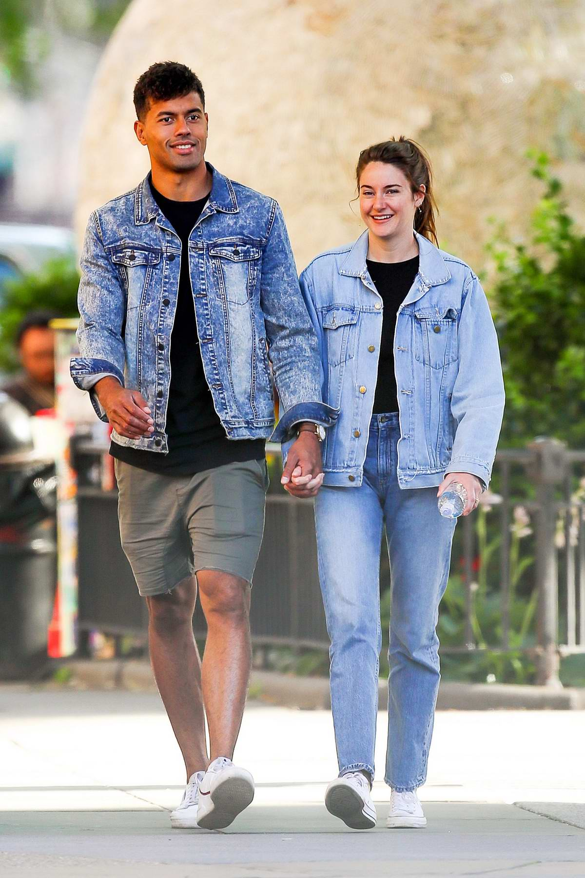 Shailene Woodley and Ben Volavola pack on some PDA while enjoying a day out in New York City