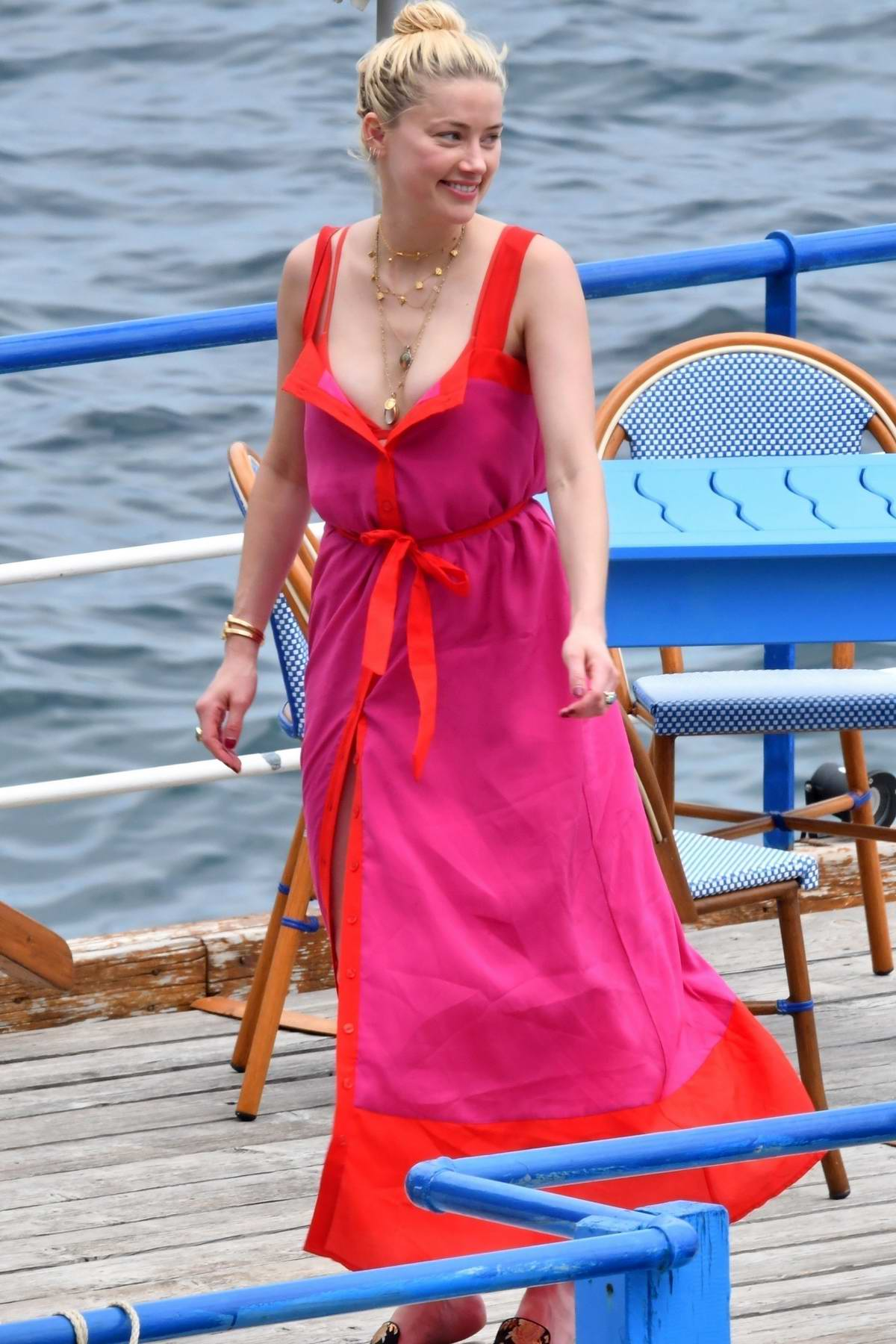 Amber Heard enjoys a day with friends aboard a yacht on the Amalfi Coast, Italy