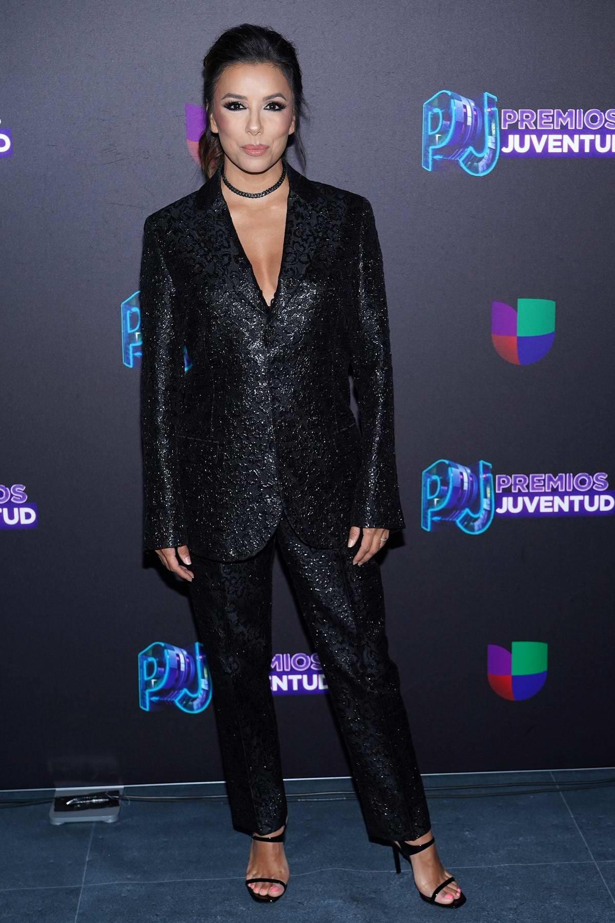 Eva Longoria attends Premio Juventud 2019 at Watsco Center in Coral Gables, Florida