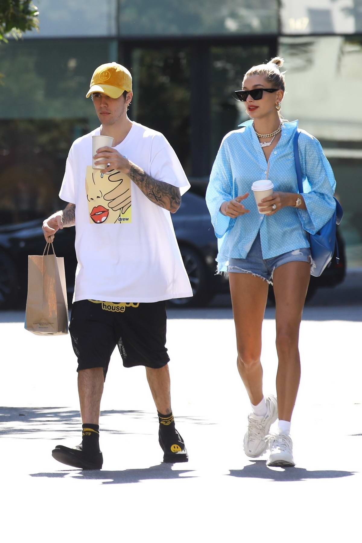 Hailey Baldwin looks stylish while out for some coffee and treats with Justin Bieber in Beverly Hills, Los Angeles