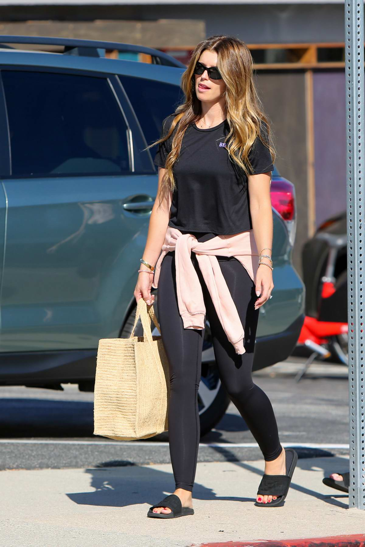 Katherine Schwarzenegger dons all-black while out running errands in Los Angeles