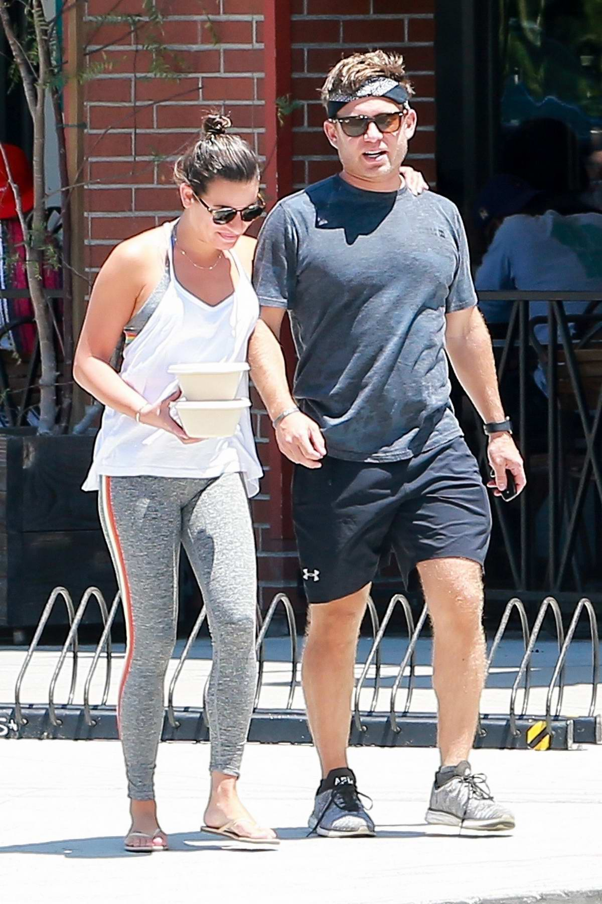 lea michele and husband zandy reich grab lunch at cafe