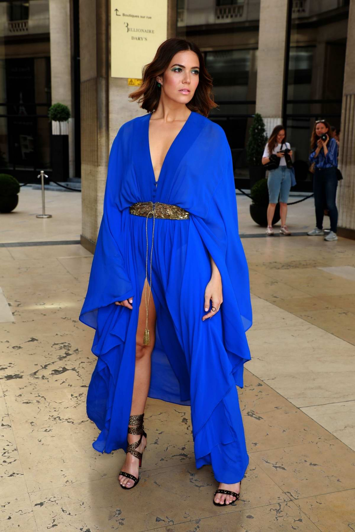 Mandy Moore attends the Dundas show, Haute Couture Fall/Winter 2019/2020 during Paris Fashion Week in Paris, France