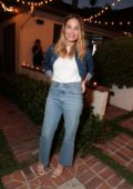 Margot Robbie attends the Levi's and RAD dinner in Los Angeles