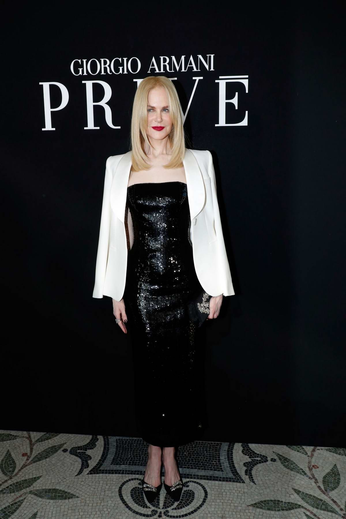 Nicole Kidman attends the Giorgio Armani Prive Haute Couture Fall/Winter 2019/2020 show during Paris Fashion Week in Paris, France