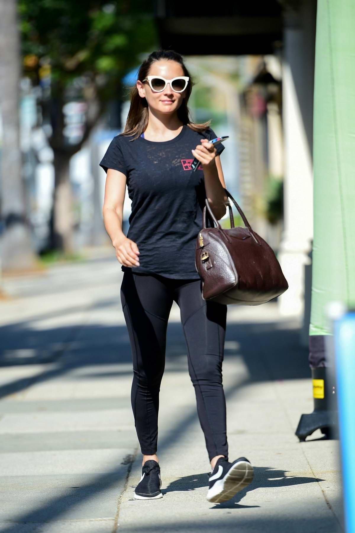 Rachael Leigh Cook sports all-black athleisure as she hits the gym in Studio City, Los Angeles