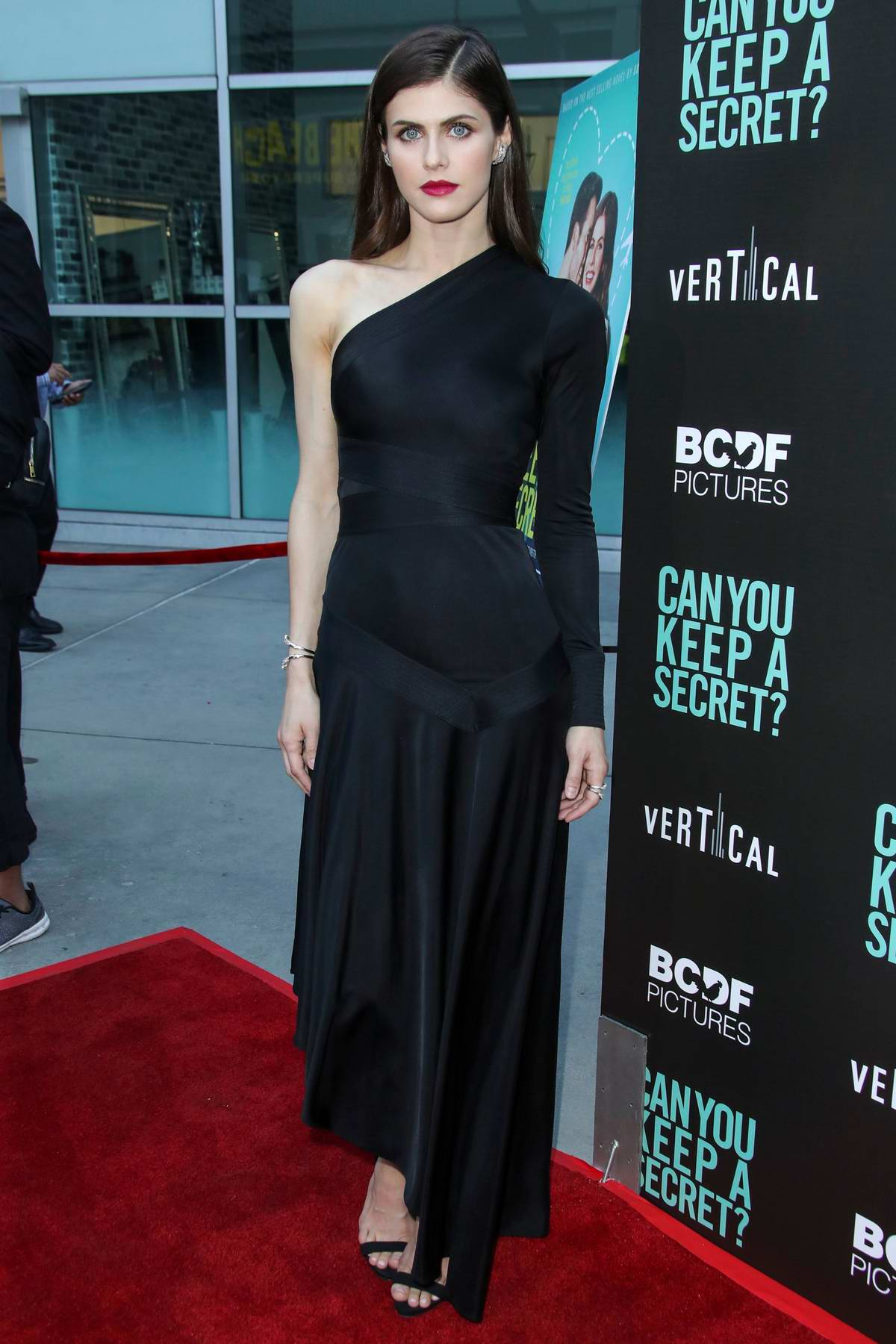 Alexandra Daddario attends the premiere of 'Can You Keep a Secret' at Arclight Hollywood in Los Angeles