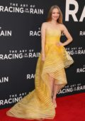 Amanda Seyfried attends the Premiere of 'The Art of Racing in the Rain' in Los Angeles