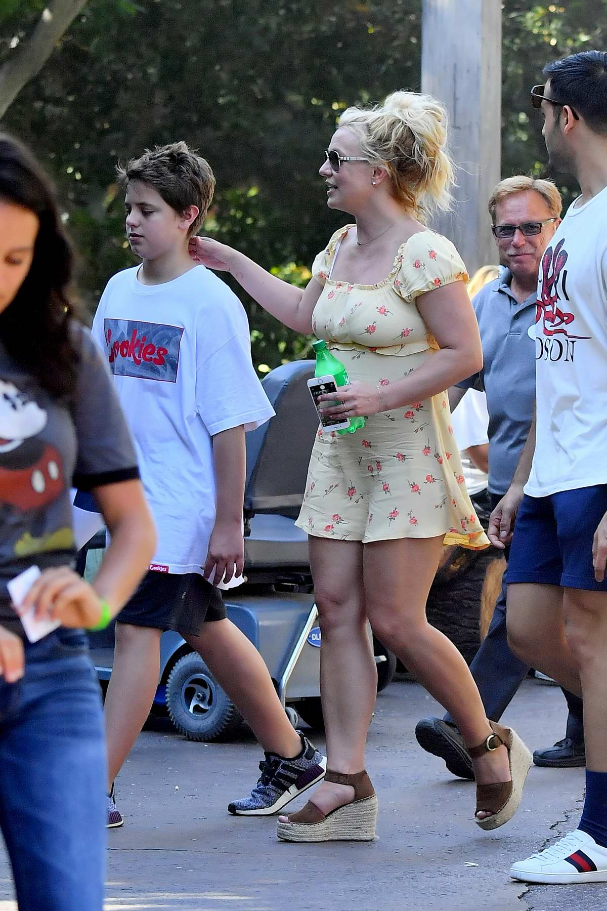 britney spears enjoys a day out at disneyland with her ...