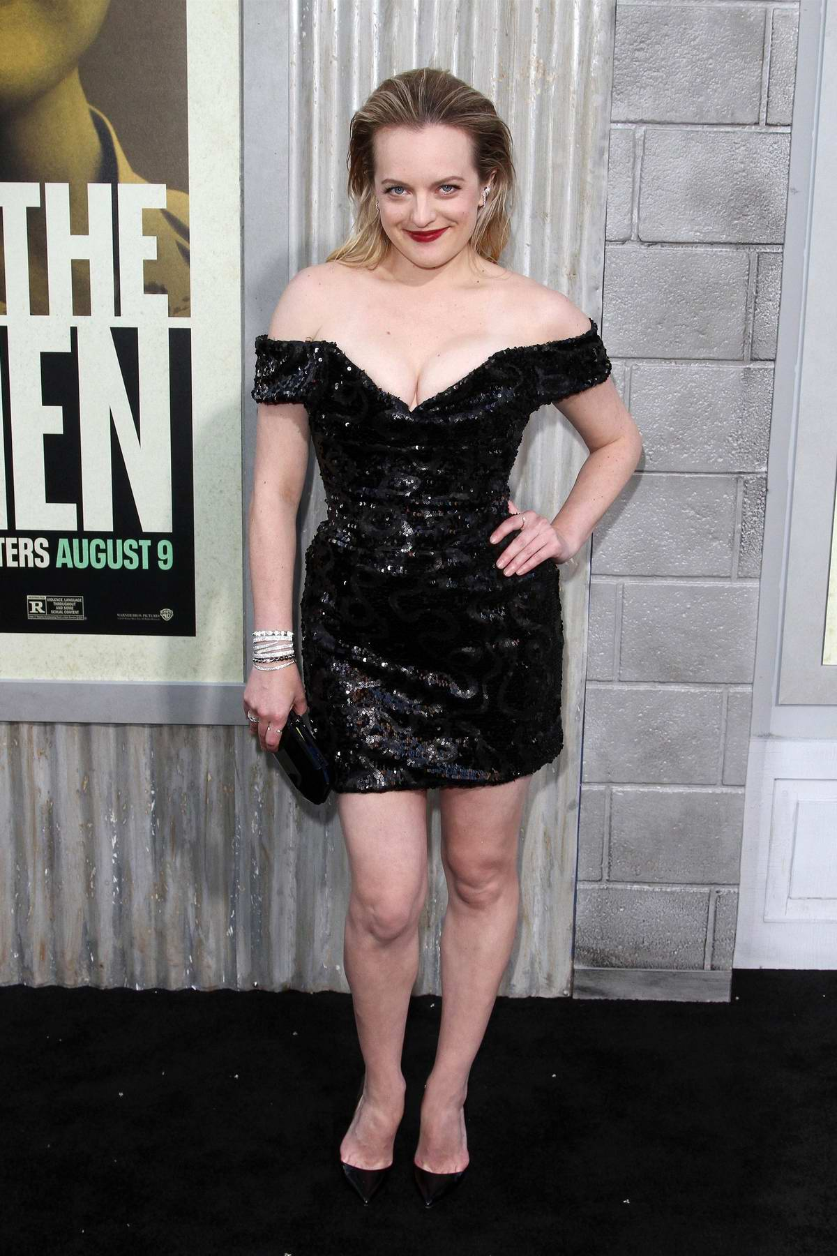 Elisabeth Moss attends the premiere of 'The Kitchen' at the TCL Chinese Theatre in Hollywood, California