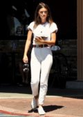 Emily Ratajkowski sports all white as she grabs a healthy lunch at Lassens Natural Foods Market in Los Angeles