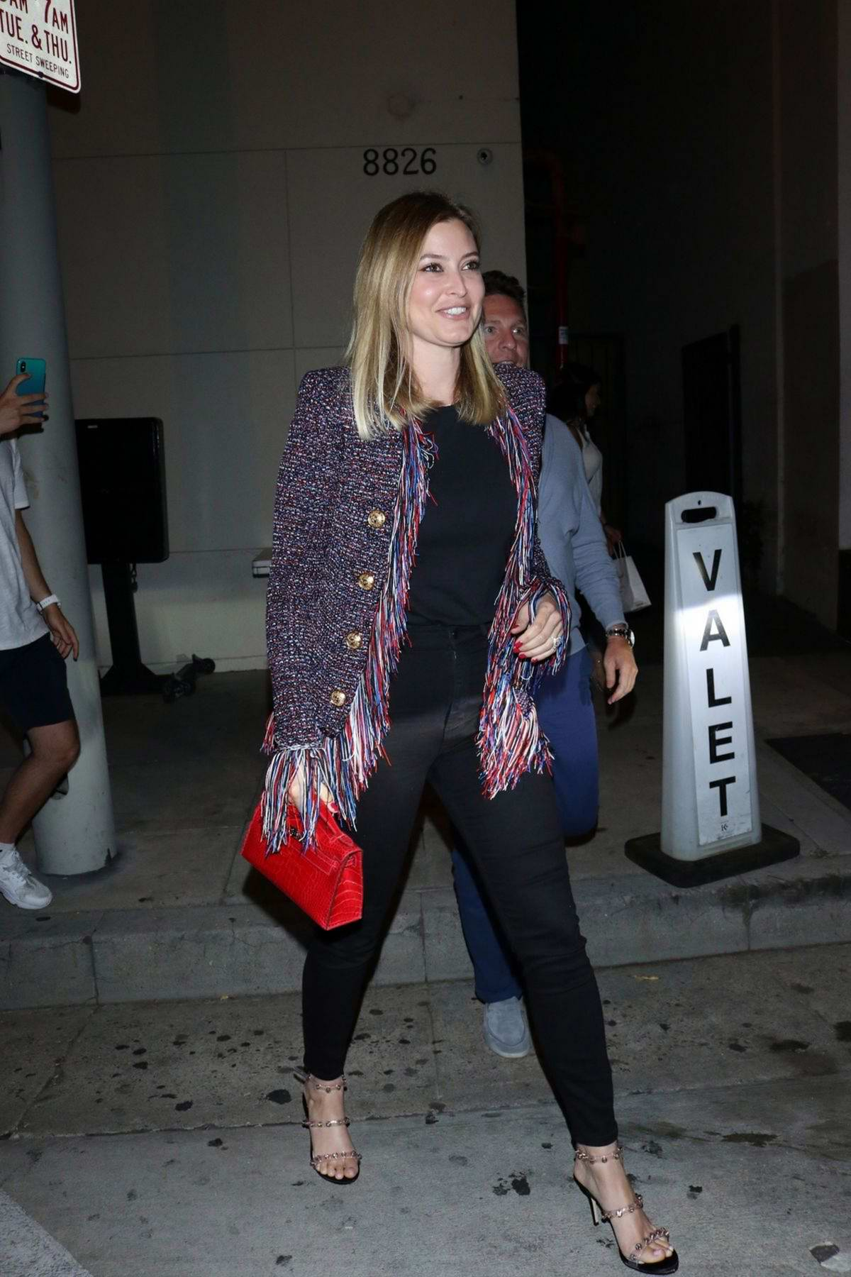 Holly Valance is all smiles as she leaves after dinner at Craig's restaurant in West Hollywood, Los Angeles