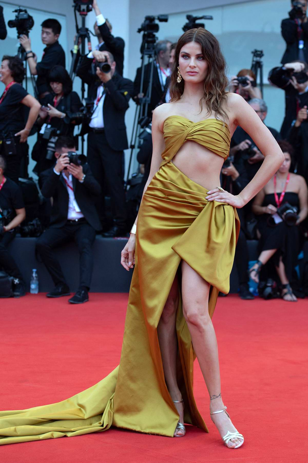Isabeli Fontana attends the Opening Ceremony and 'La Vérité' (The Truth) screening during the 76th Venice Film Festival in Venice, Italy