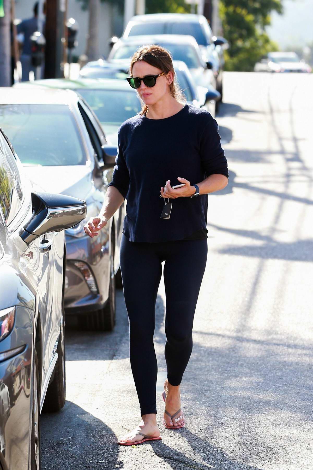 Jennifer Garner seen leaving the salon after enjoying a spa day in Los Angeles