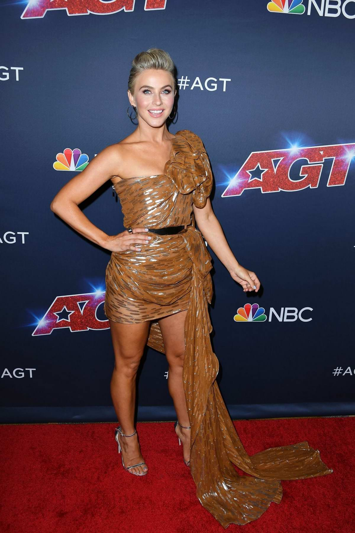 Julianne Hough attends the 'America's Got Talent' Season 14 Live Show at Dolby Theatre in Hollywood, California