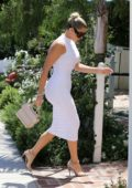 khloe kardashian seen wearing a skintight white dress while out for lunch in beverly hills, los angeles-250819_8