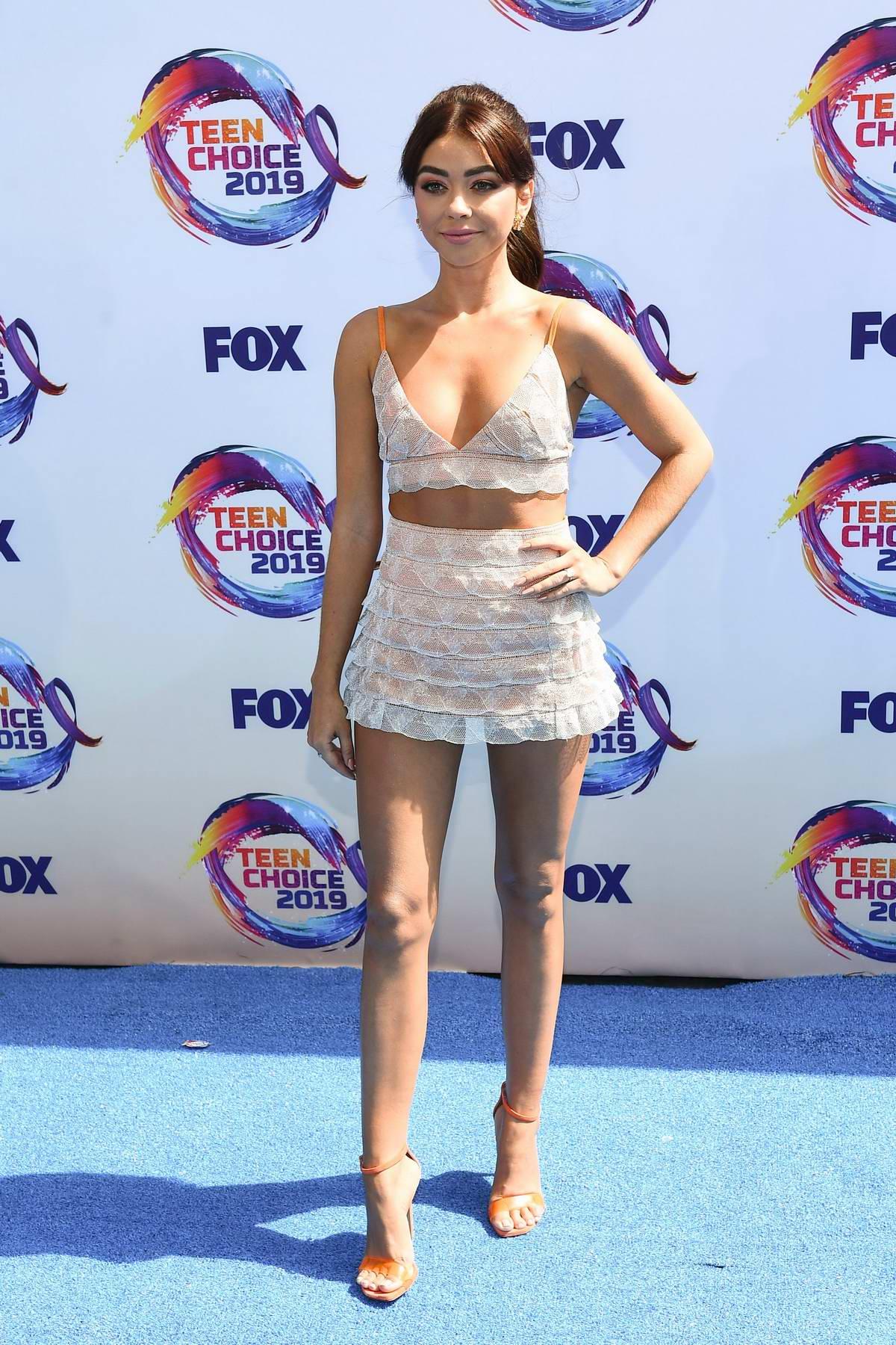Sarah Hyland attends the FOX's Teen Choice Awards 2019 in Hermosa Beach, California