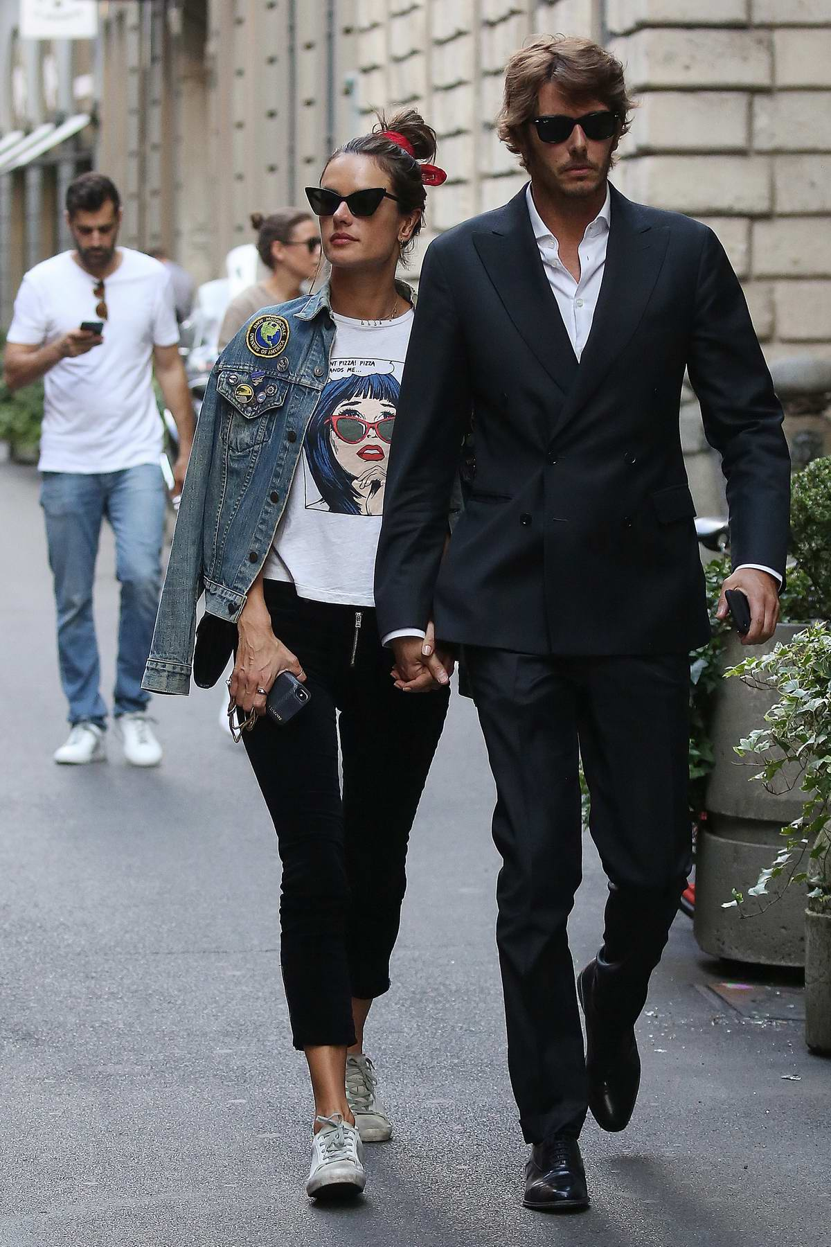 Alessandra Ambrosio and Nicolo Oddi enjoy a romantic lunch date while out in Milan, Italy