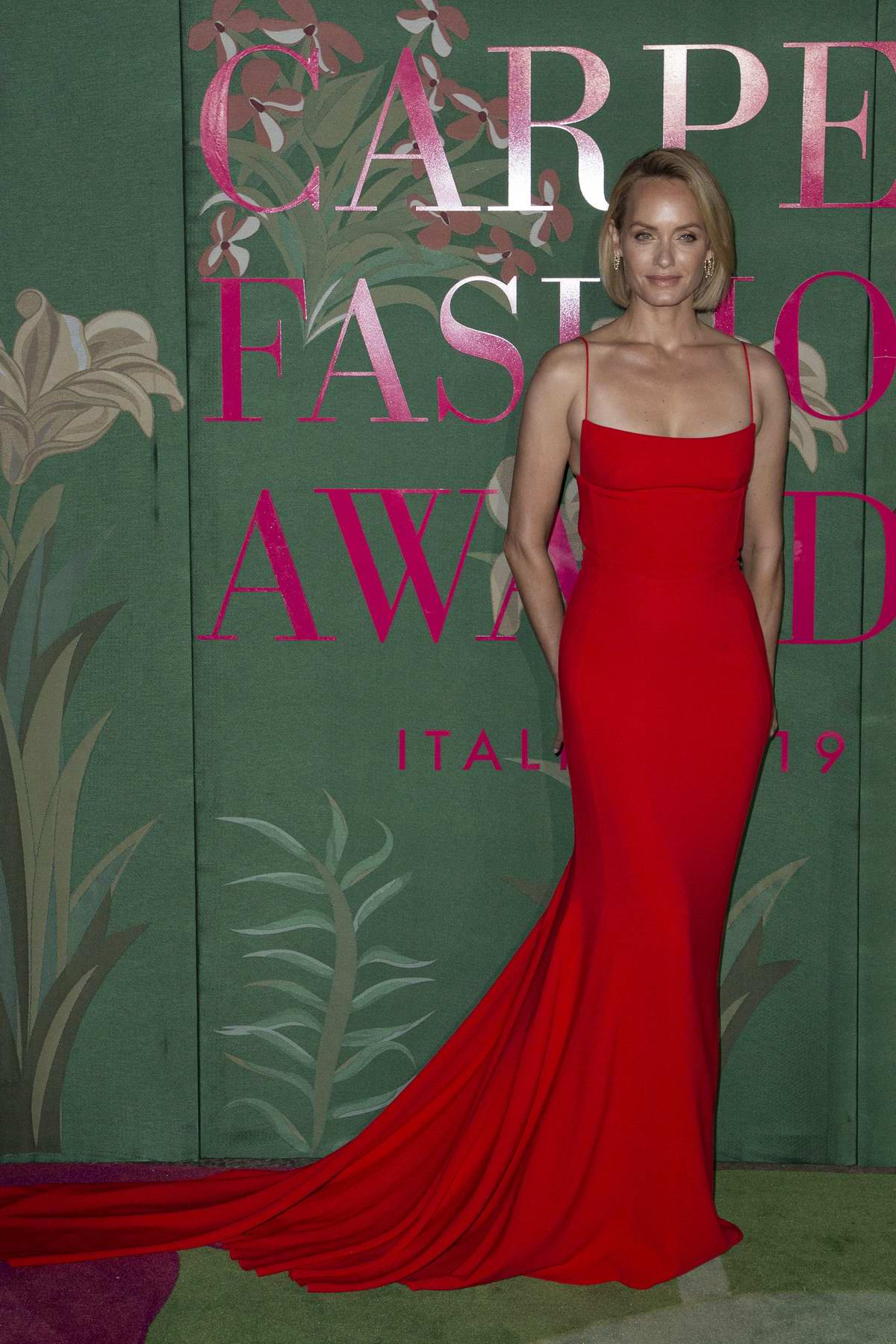 Amber Valletta attends The Green Carpet Fashion Awards 2019 in Milan, Italy