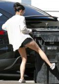 Ariel Winter spotted moving trash cans from behind her Tesla in Los Angeles