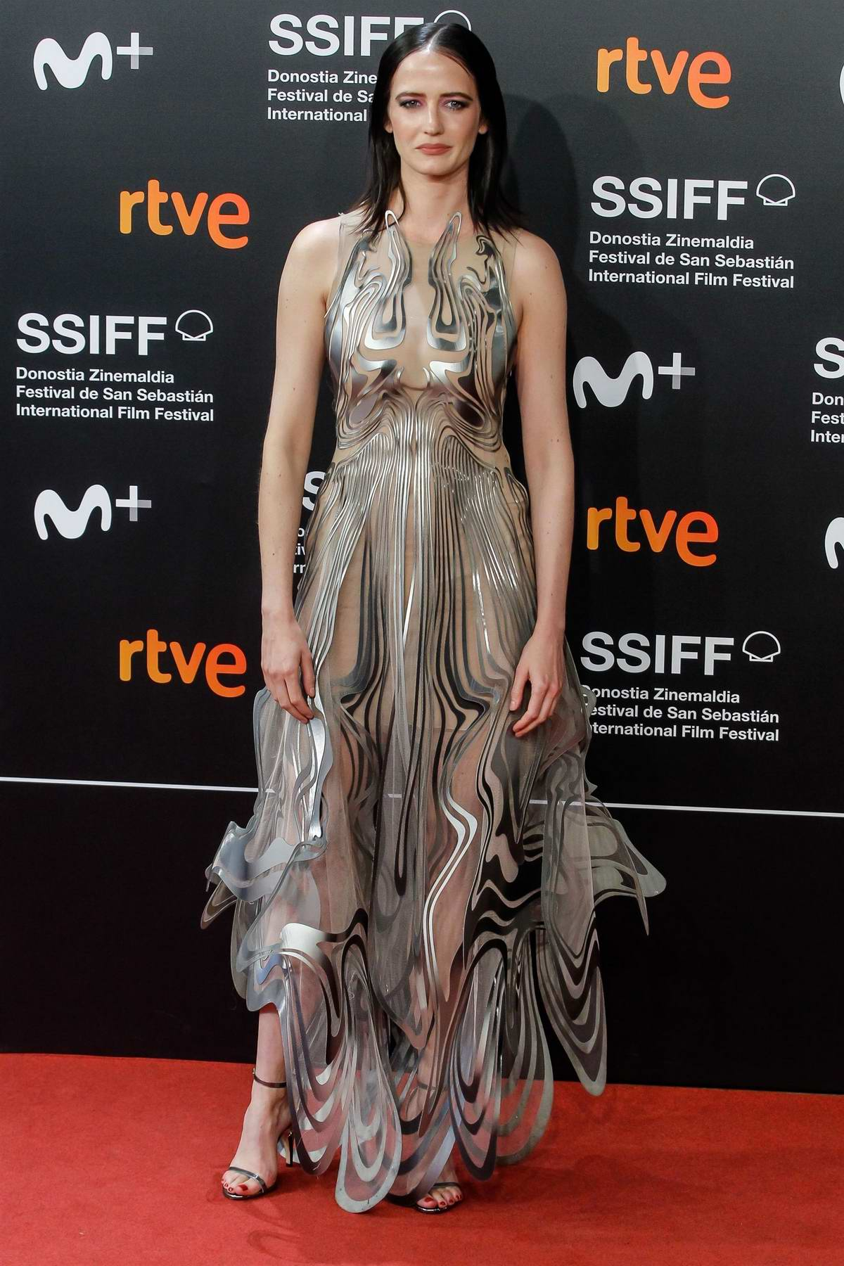 Eva Green attends the premiere of 'Proxima' during the 67th San Sebastian International Film Festival, Spain