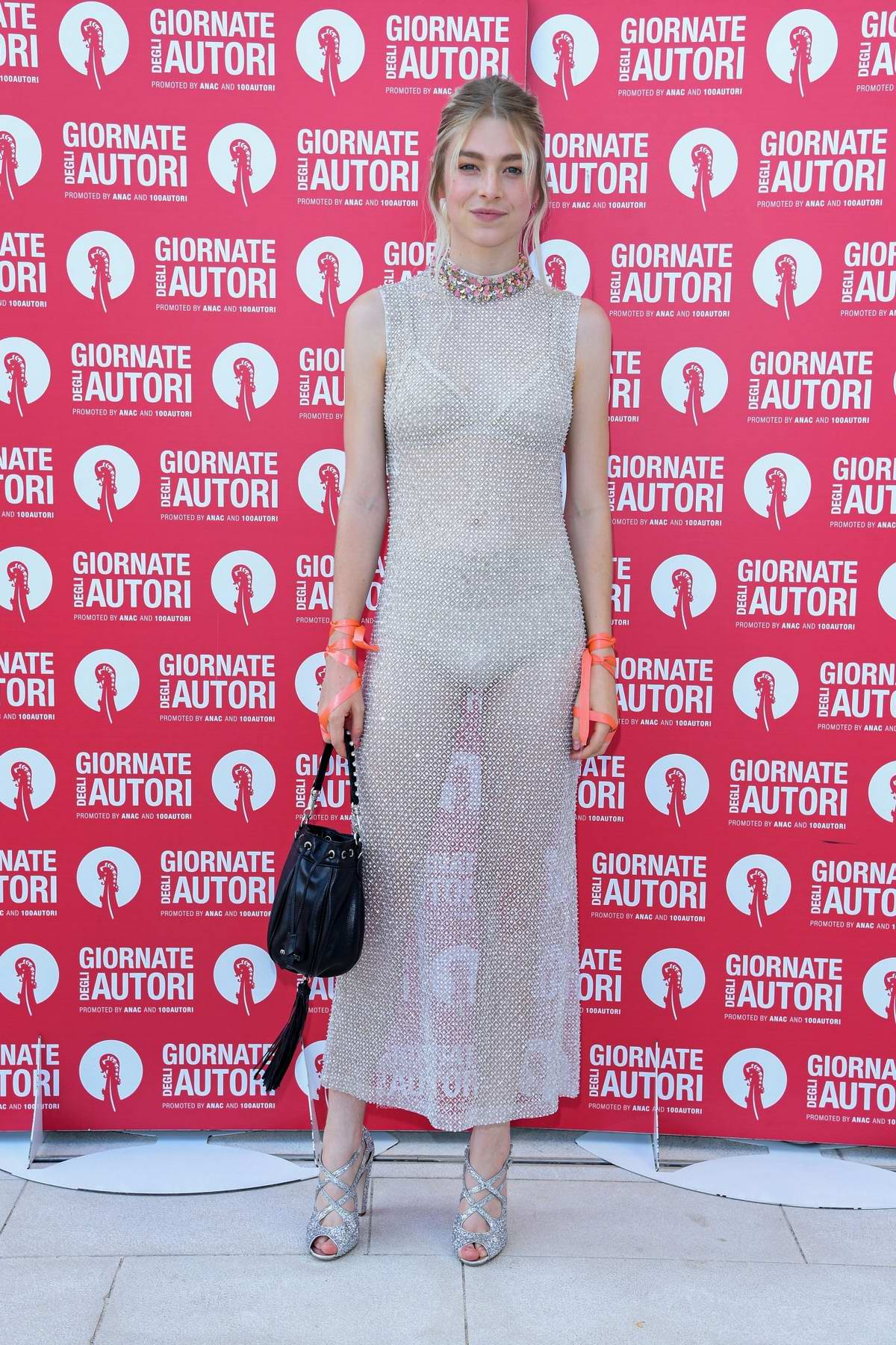 Hunter Schafer attends the Miu Miu Photocall during the 76th Venice Film Festival at Sala Volpi in Venice, Italy