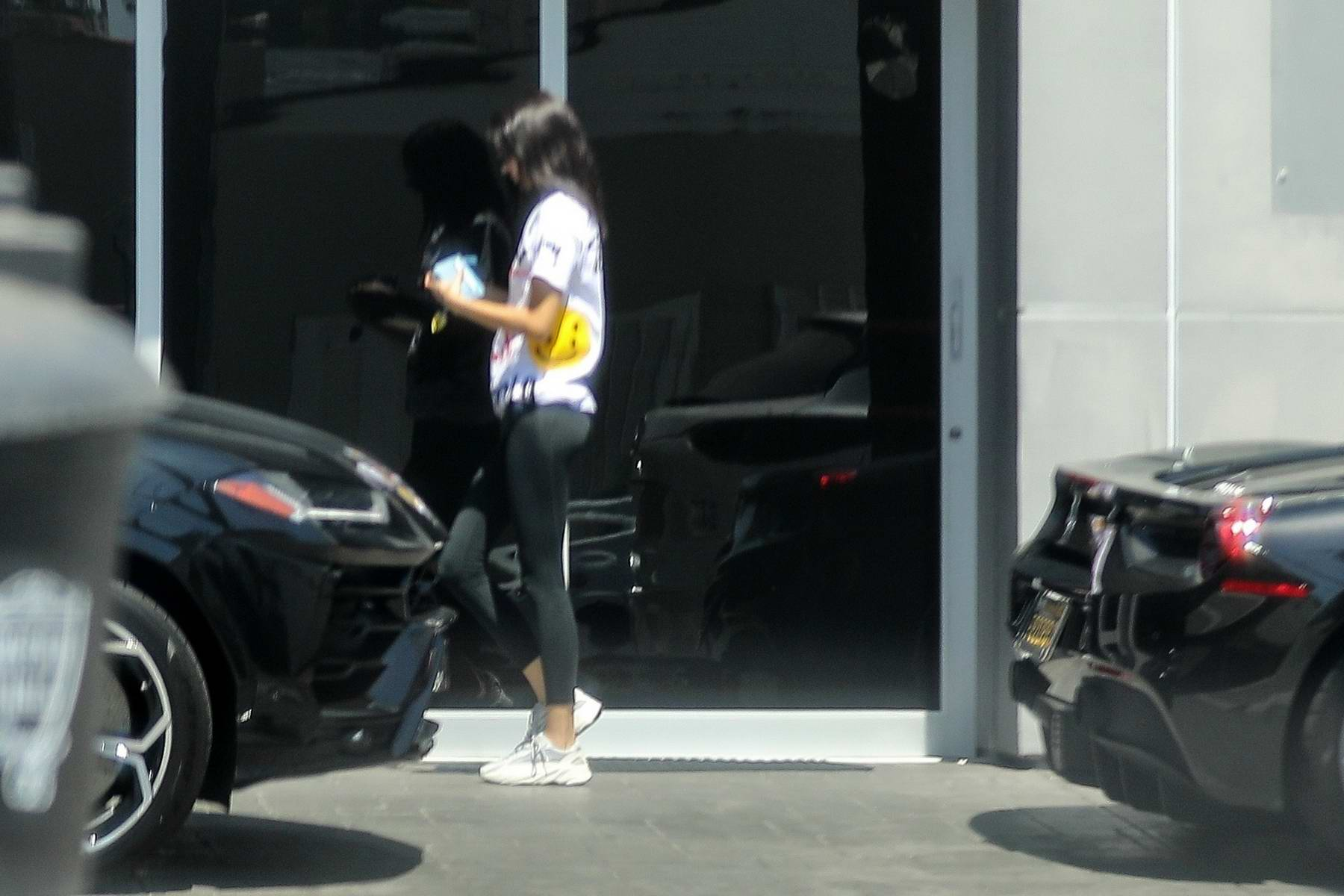 Kendall Jenner Keeps It Casual While She Brings Her Ferrari In For A Service At The Ferrari Dealer In Beverly Hills Los Angeles 030919 8