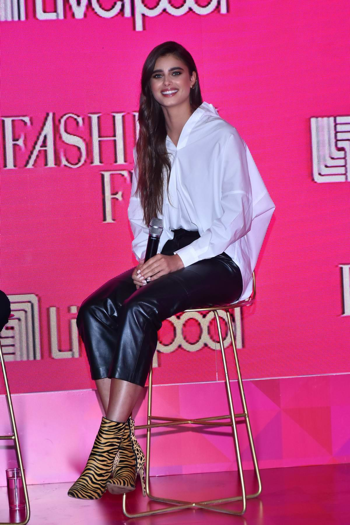 Taylor Hill attends the Fashion Fest Autumn/Winter press conference at Estacion Indianilla in Mexico City, Mexico