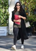 Jenna Dewan enjoys an Al Fresco lunch with friends in Studio City, Los Angeles