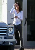 Kendall Jenner returns to her ride after lunch at Croft in West Hollywood, Los Angeles