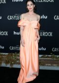 Lizzy Caplan attends the Premiere of Hulu's 'Castle Rock' at AMC Sunset 5 in Los Angeles