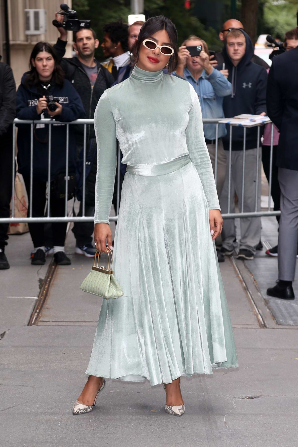 cheap prices best selling lowest price Priyanka Chopra looks stylish in a mint green velvet dress as she ...