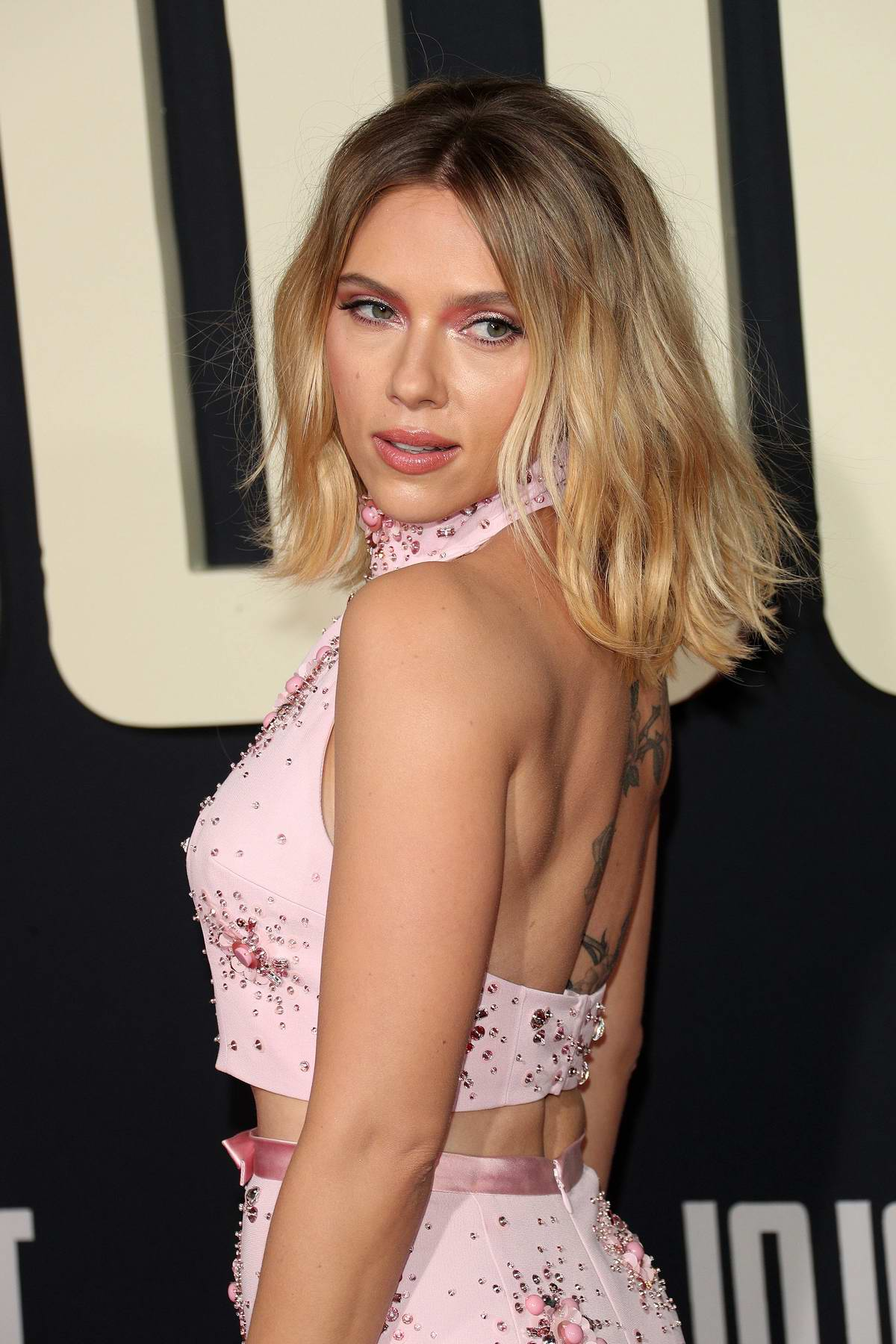 Scarlett Johansson Attends The Premiere Of Jojo Rabbit At The Hollywood American Legion Post 43 In Los Angeles 151019 5