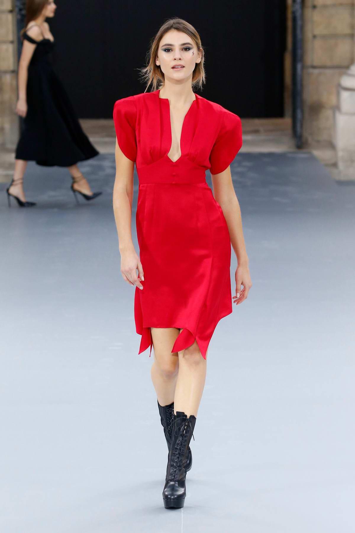 Stefanie Giesinger walks the runway at the L'Oreal Paris Spring/Summer 2020 show during Paris Fashion Week in Paris, France