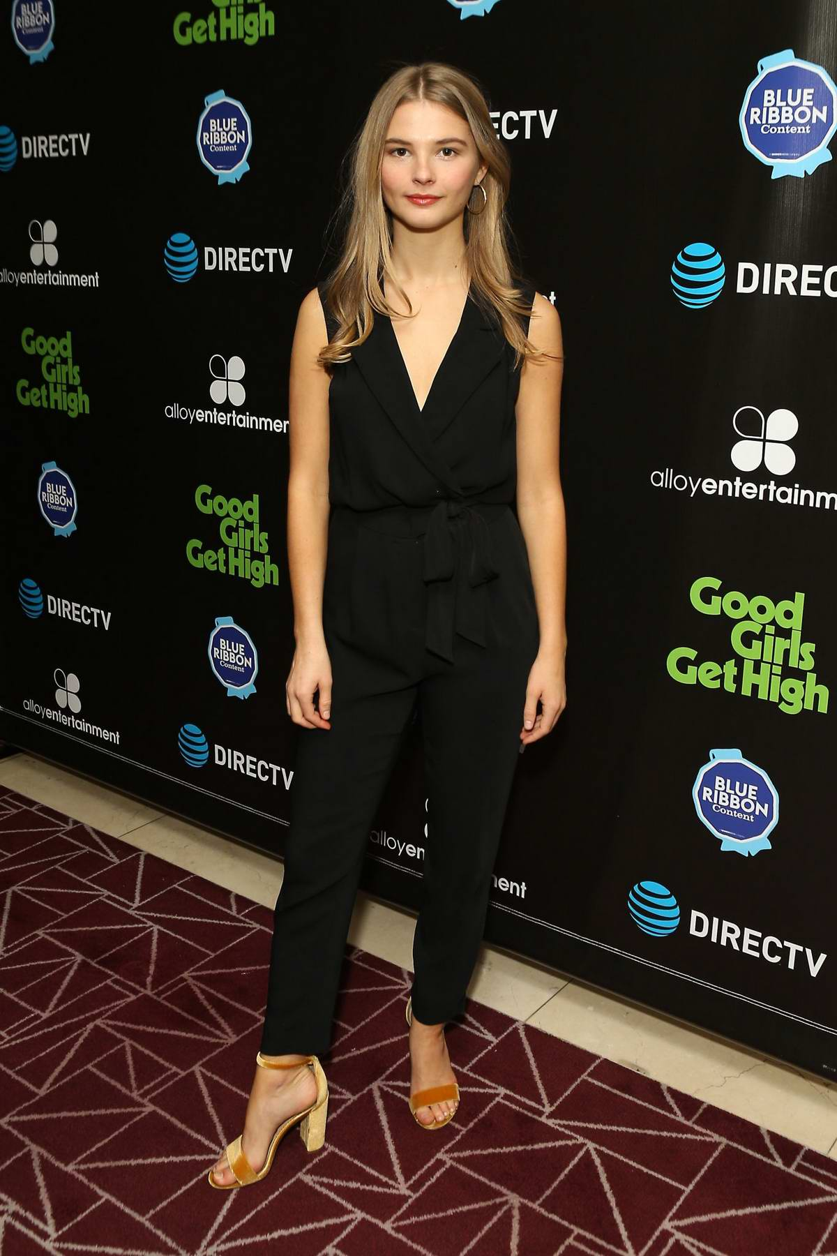Stefanie Scott attends 'Good Girls Get High' photocall in West Hollywood, Los Angeles