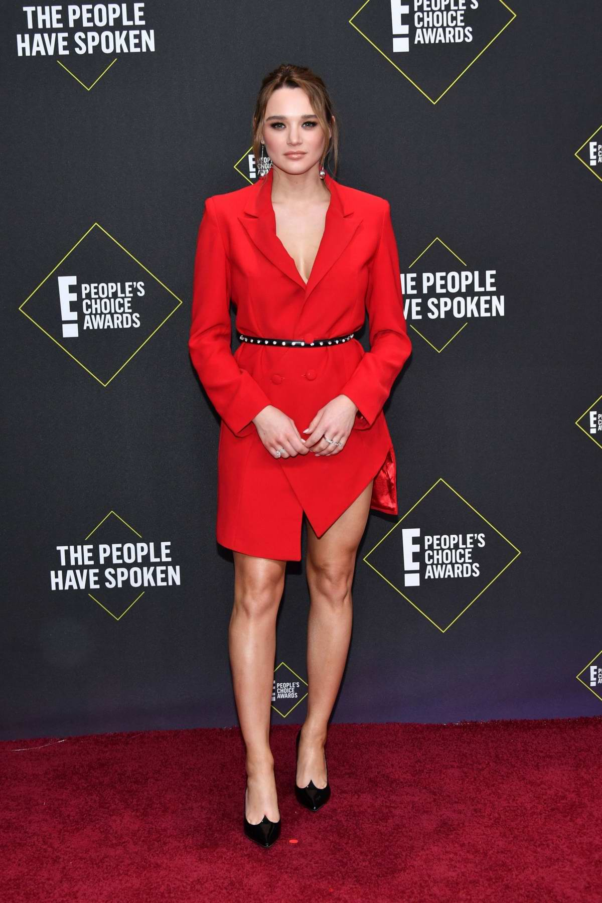 Hunter King attends the 2019 E! People's Choice Awards held at the Barker Hangar in Santa Monica, California