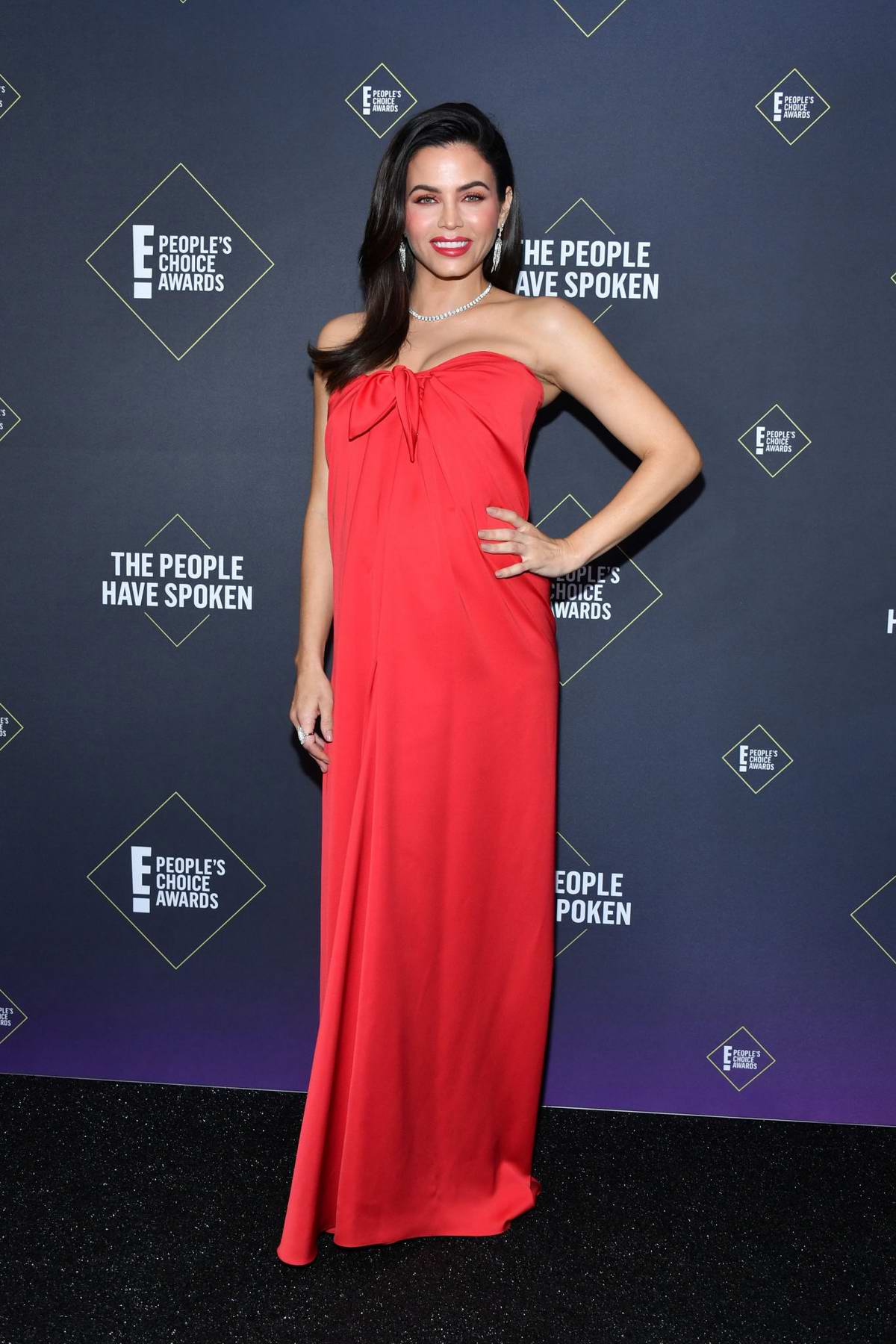 Jenna Dewan attends the 2019 E! People's Choice Awards held at the Barker Hangar in Santa Monica, California