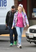 JoJo Siwa spotted while on her way to lunch at Marie Callender in Sherman Oaks, California