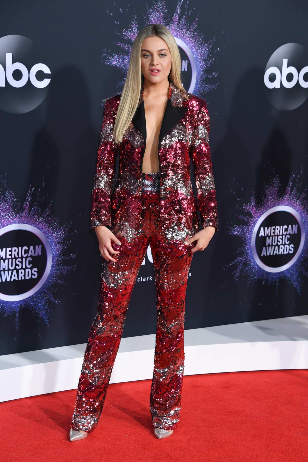 Kelsea Ballerini attends the 2019 American Music Awards at Microsoft Theater in Los Angeles