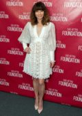 Linda Cardellini attends the SAG-AFTRA Foundation Conversations with 'Dead To Me' in Los Angeles